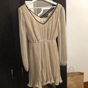 Long sleeve white polka dot dress - M